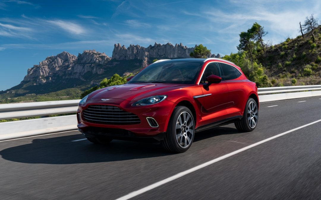 Aston Martin: Τα πολλαπλά πρόσωπα της DBX