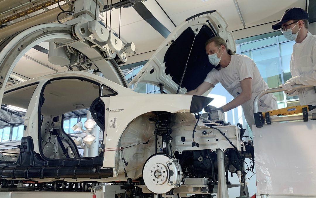 Volkswagen e-Golf: Βοήθησε στην κατασκευή του