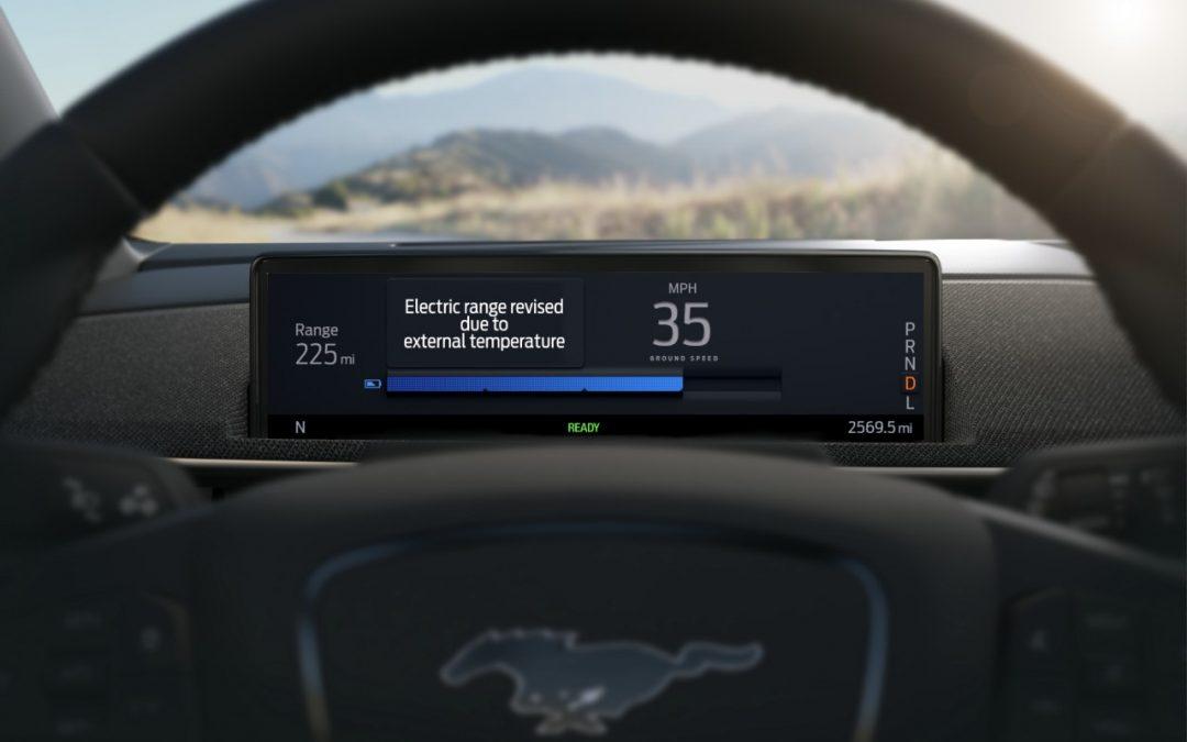 Ford Mustang Mach-E: Ξέρει ακριβώς πότε πρέπει να μπει στην πρίζα