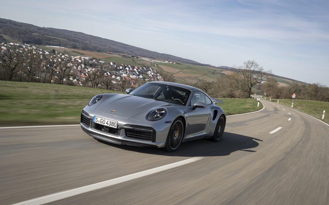Porsche 911: Τι επιφυλάσσει το μέλλον