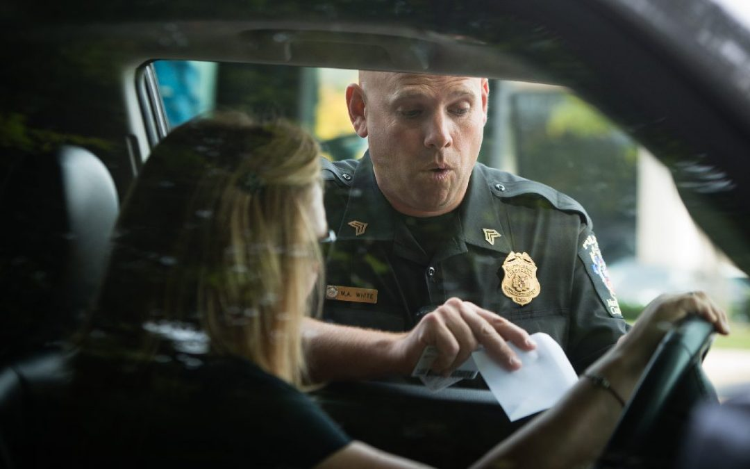 iPhone: Ο ρόλος της Siri στους ελέγχους της αστυνομίας
