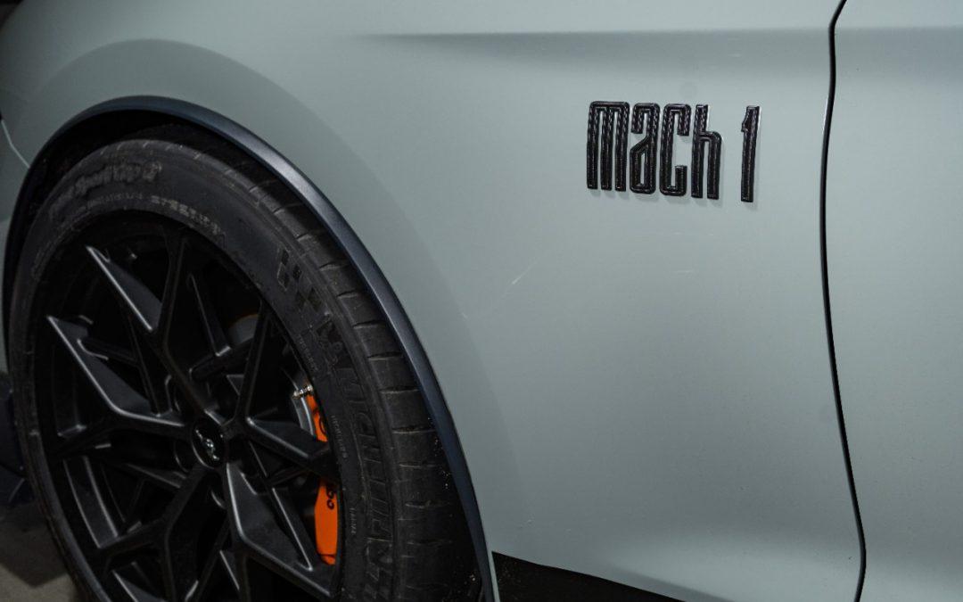 Ford Mustang Mach 1: Ποιο είναι το ρετρό χαρακτηριστικό του; (video)