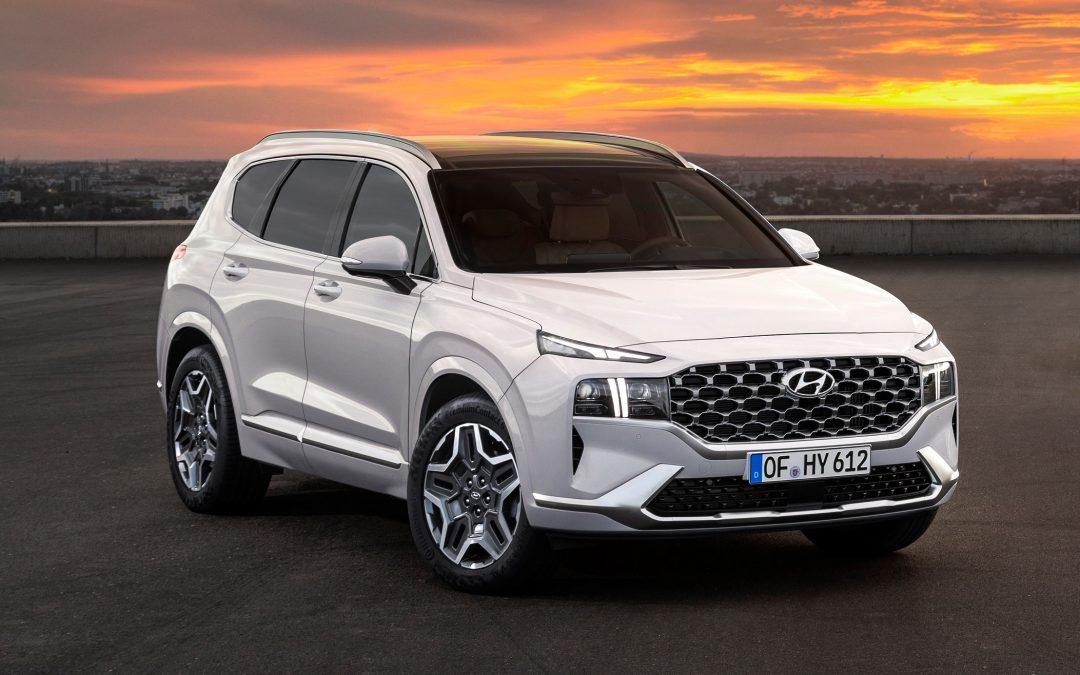 Hyundai: Άφθονη υβριδική τεχνολογία στο ανανεωμένο Santa Fe
