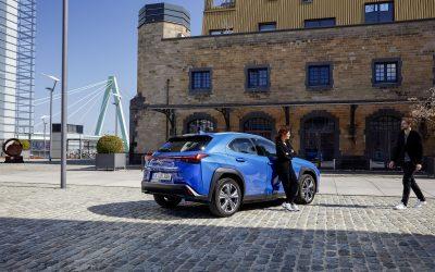 Lexus: Μικρά μυστικά για το πρώτο ηλεκτρικό της μοντέλο