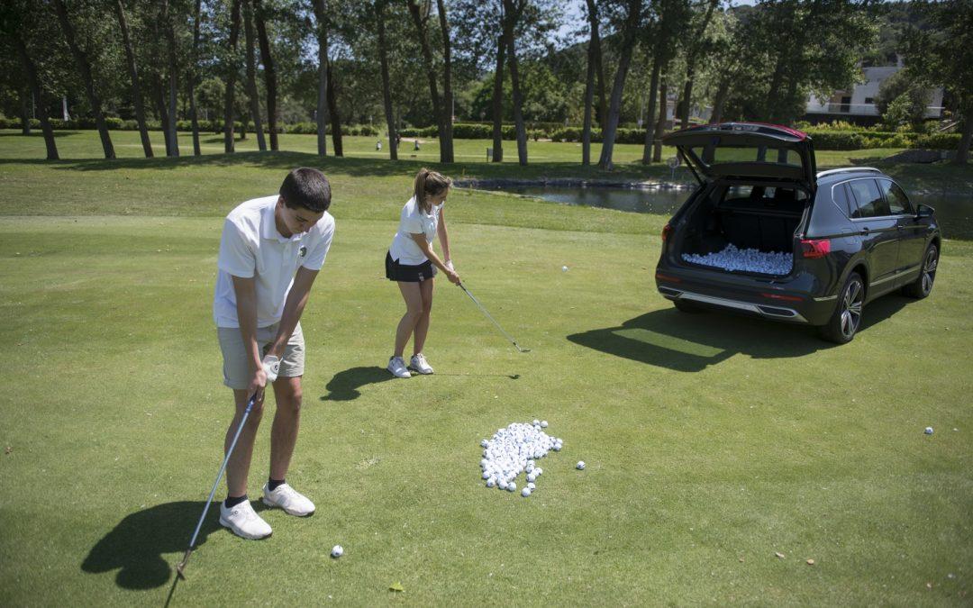 Seat Tarraco: Παίζοντας γκολφ στο πορτμπαγκάζ του (video)