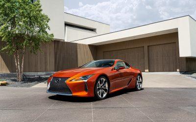 Lexus LC: Ανατέλλει χρωματικά στη δύση του ηλίου