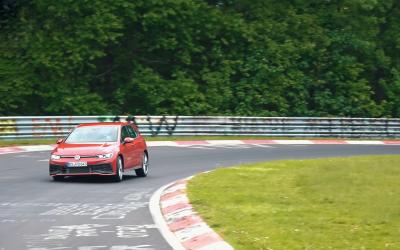 Volkswagen Golf GTI TCR: Με προορισμό την πίστα (video)