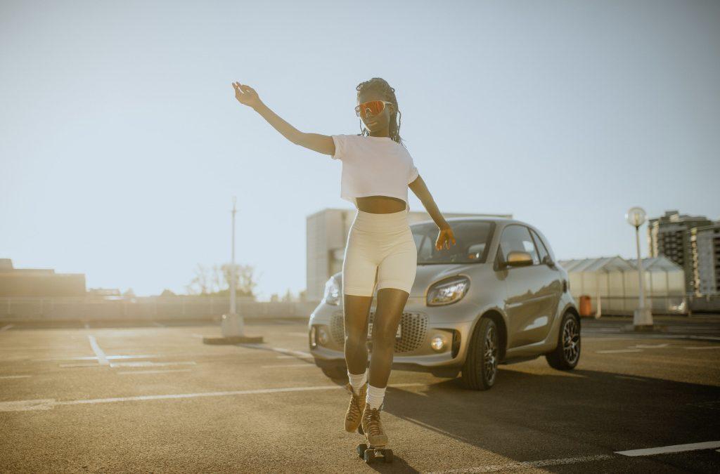 Smart EQ ForTwo: Χορεύοντας πάνω σε οχτώ τροχούς