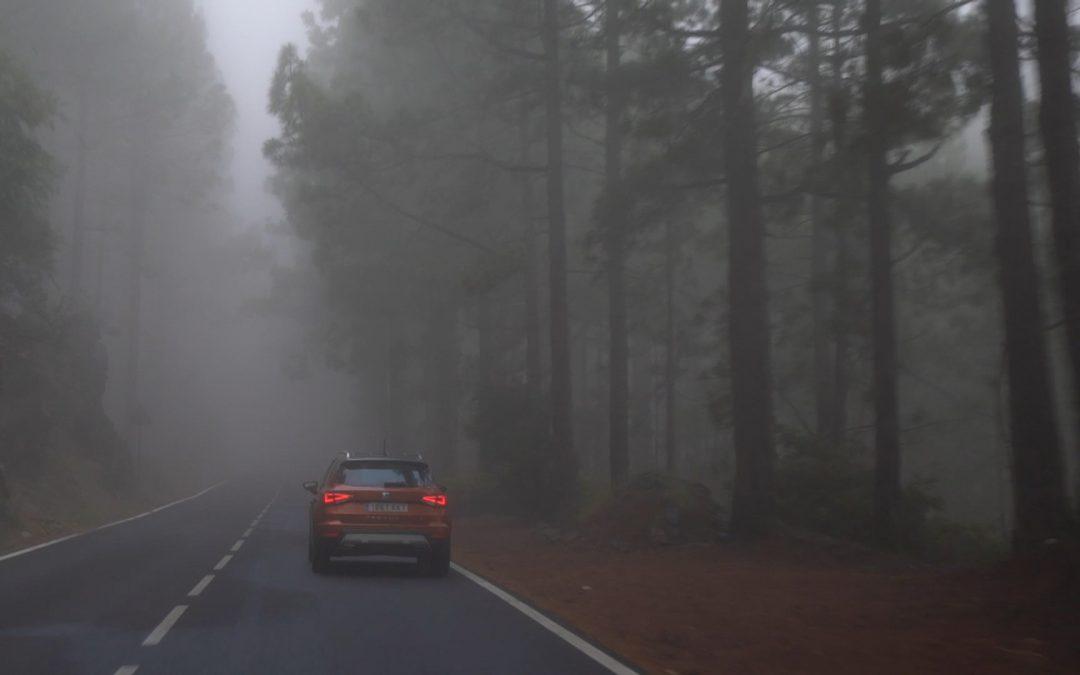 Οδηγώντας με ασφάλεια: Οι φθινοπωρινές παγίδες στους δρόμους