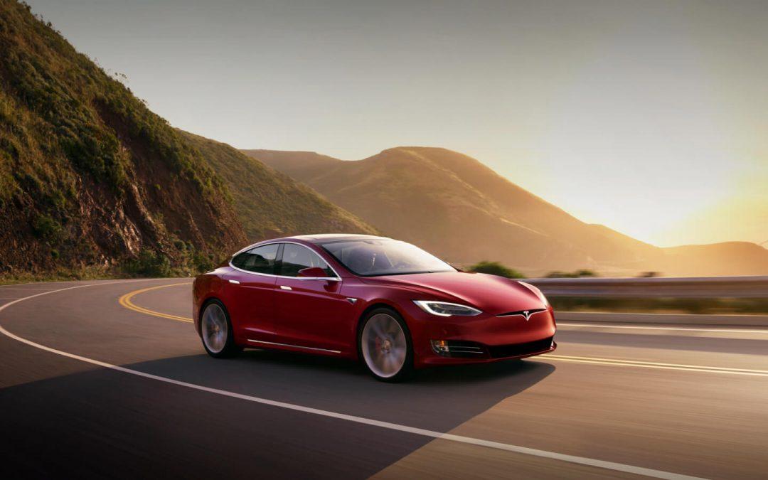Tesla: Οι …ασάφειες του Μασκ και το νέο S Plaid