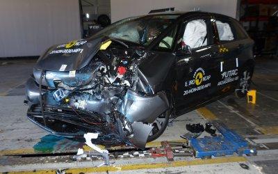 EuroNCAP/Honda Jazz: Ασφάλεια που φωτίζεται με πέντε αστέρια (video)