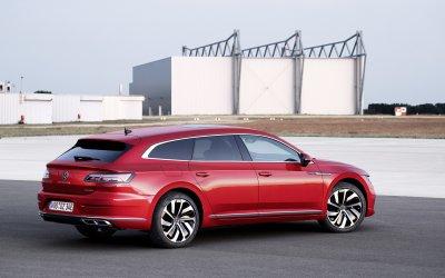 Volkswagen Arteon eHybrid: Με 218 ίππους και 900 χλμ. αυτονομία