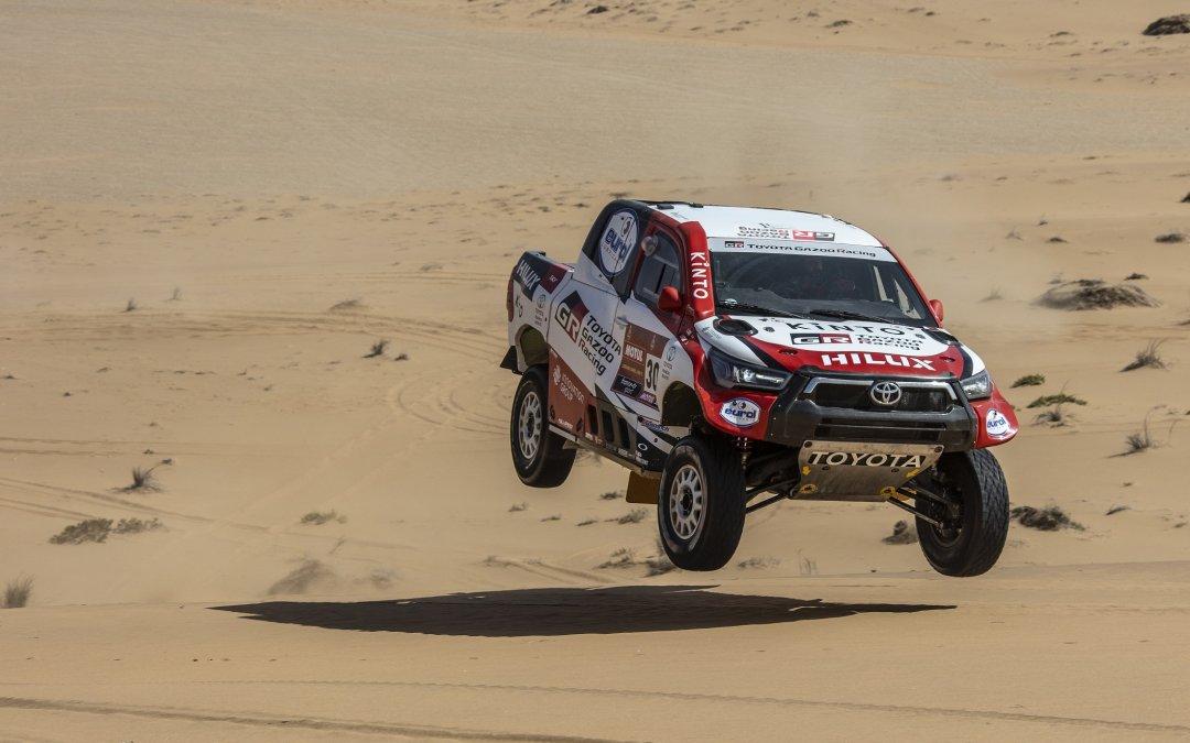 Dakar 2021: Mε τέσσερα νέα Hilux η Τoyota στην περιπέτεια της ερήμου