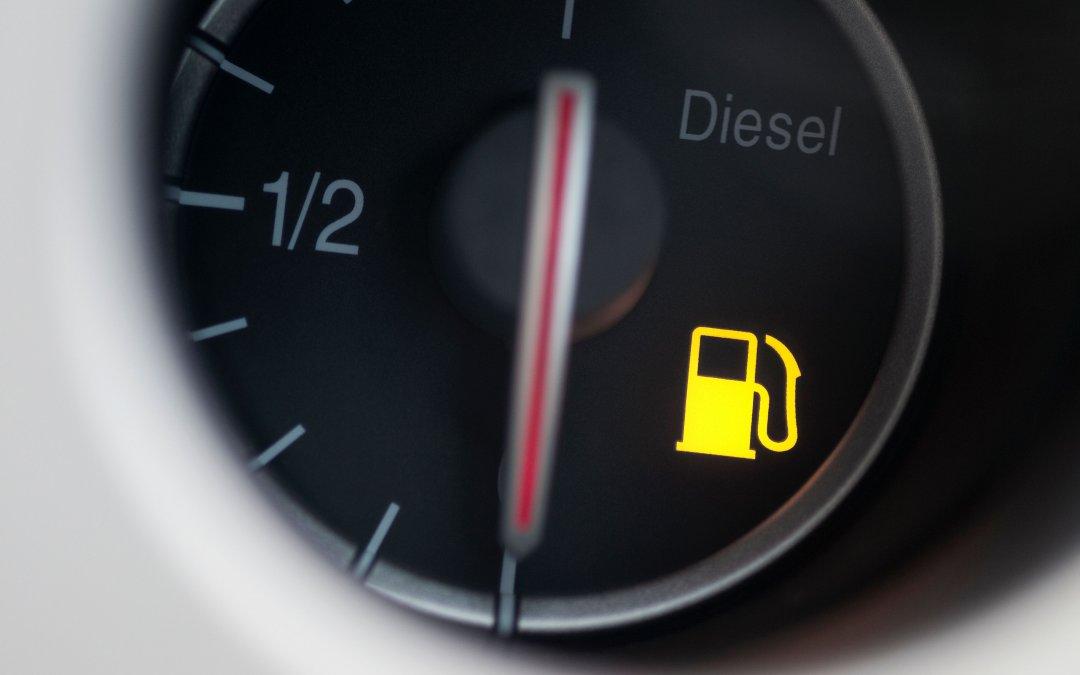 Επίσημο! Πόσο είναι το νέο χαράτσι στο πετρέλαιο κίνησης;