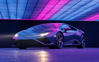 Lamborghini: Με ποια διάσημη τραγουδίστρια συνεργάζεται;