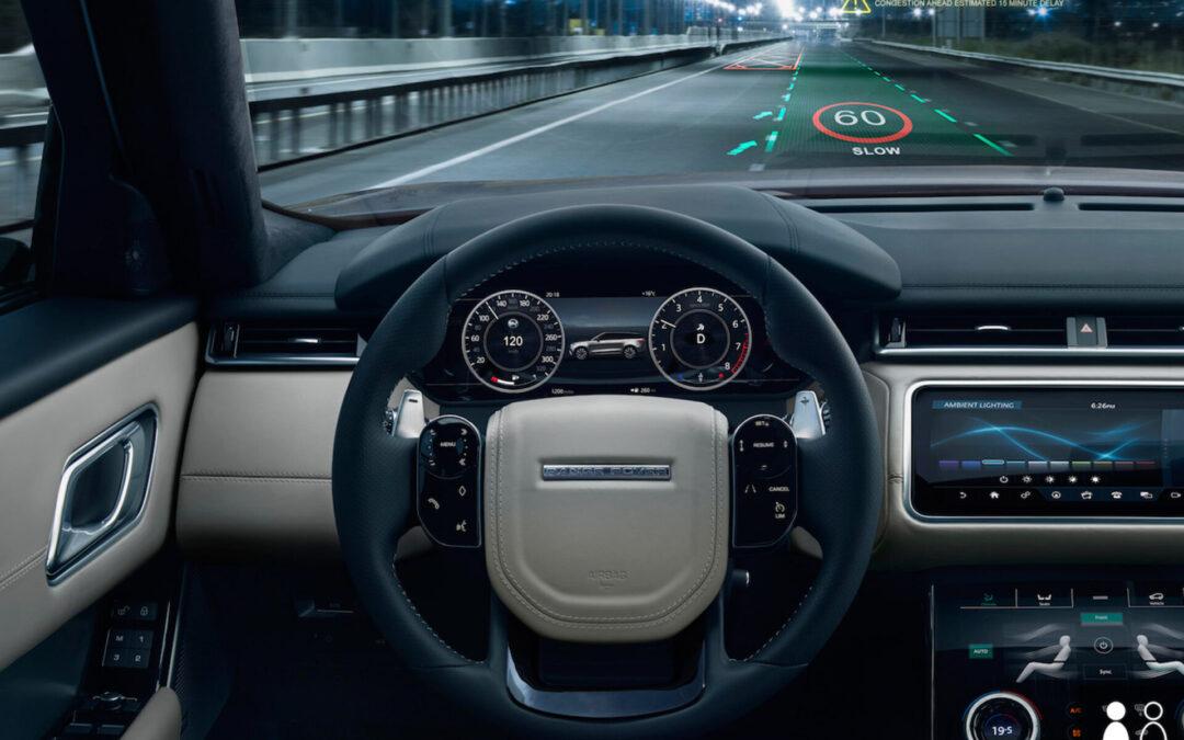 Πόσο εξοικειωμένοι είναι οι Έλληνες με τις νέες τεχνολογίες των αυτοκινήτων; Το άλμα της 10ετίας!