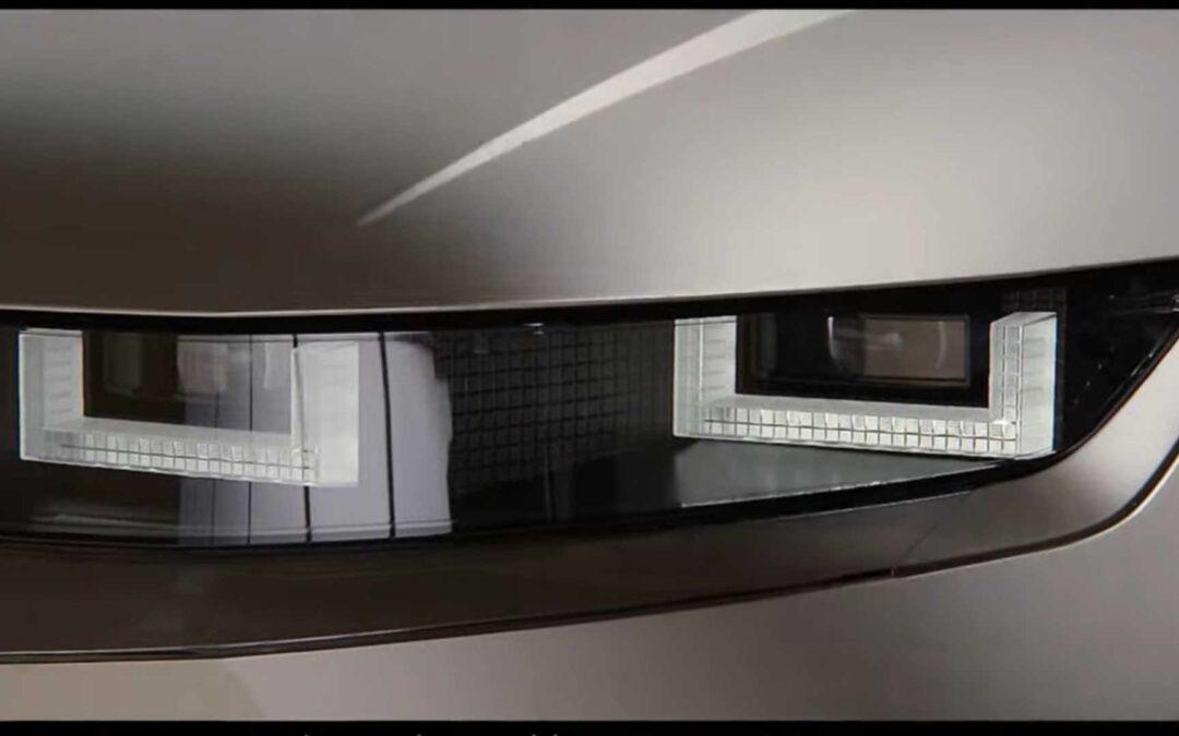 Νέο Hyundai IONIQ 5: Μεταφέρει τα pixels από την οθόνη στα φώτα (video)