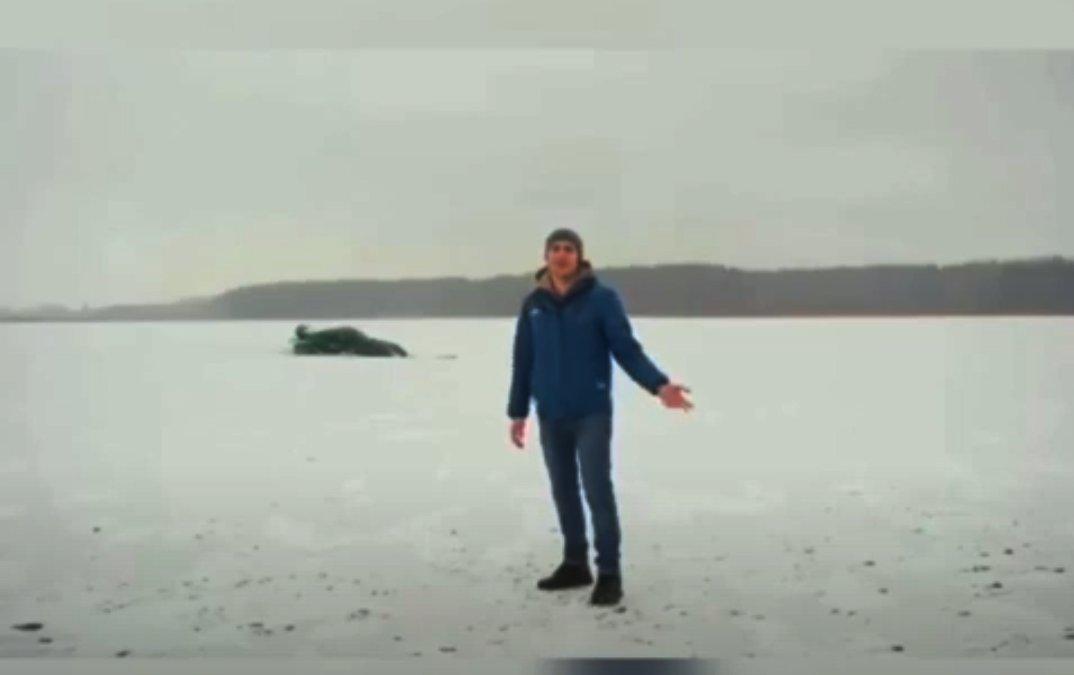"""Ρεζίλι: Έκανε """"donuts"""" με το supercar σε παγωμένη λίμνη και βρέθηκε στον πάτο της! (Video)"""