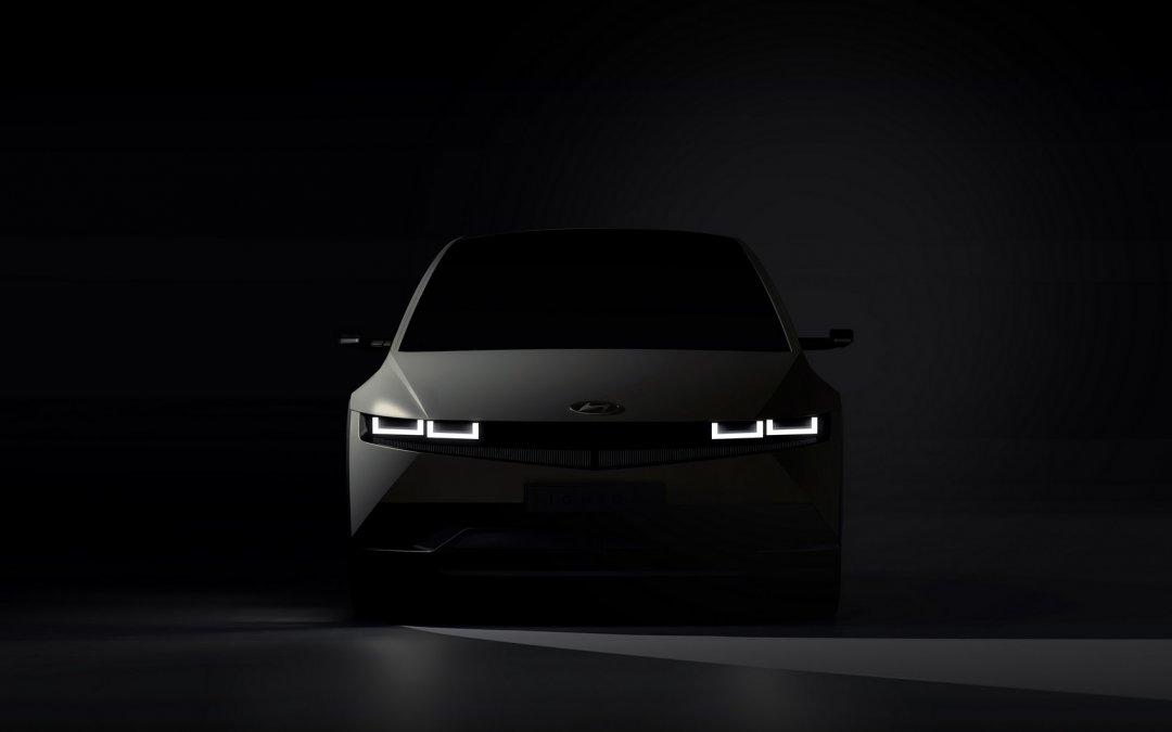 Νέο Hyundai IONIQ 5: Γεμάτο με pixels αλλά δεν είναι ψηφιακό (videos)