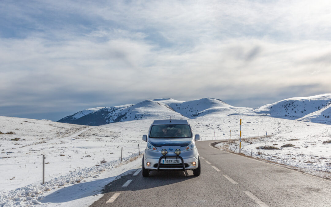 Nissan NV200 Winter Camper: Πώς εξερευνά τη φύση χωρίς να τη ρυπαίνει; (video)