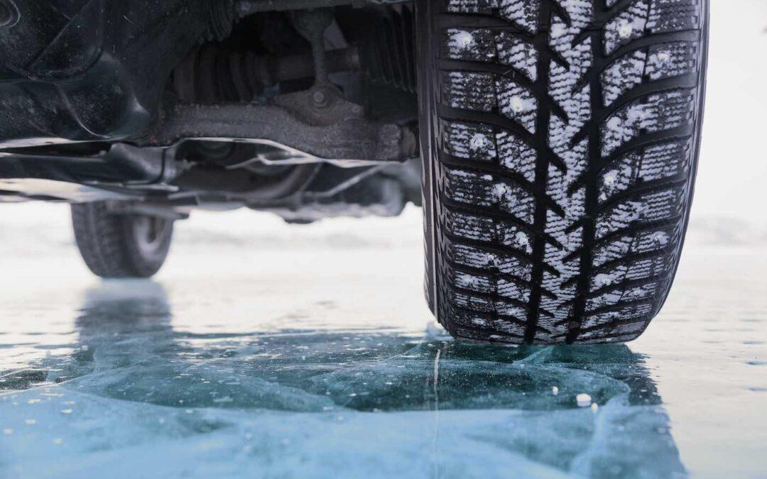 Οδηγώντας με ασφάλεια: Ο μαύρος πάγος και ο κίνδυνος