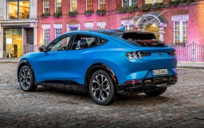 Ford: Πότε θα καταργήσει τους κινητήρες εσωτερικής καύσης;