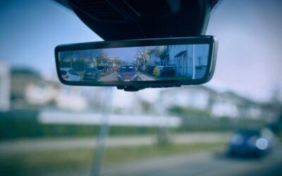 Ford: Γιατί αντικαθιστά το μεσαίο καθρέπτη με οθόνη; (video)