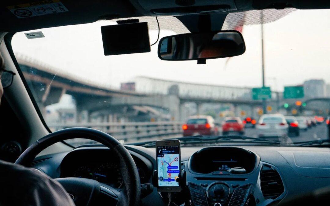 Οδηγώντας με ασφάλεια-αμυντική οδήγηση: Τι είναι τελικά και γιατί να την εφαρμόσουμε