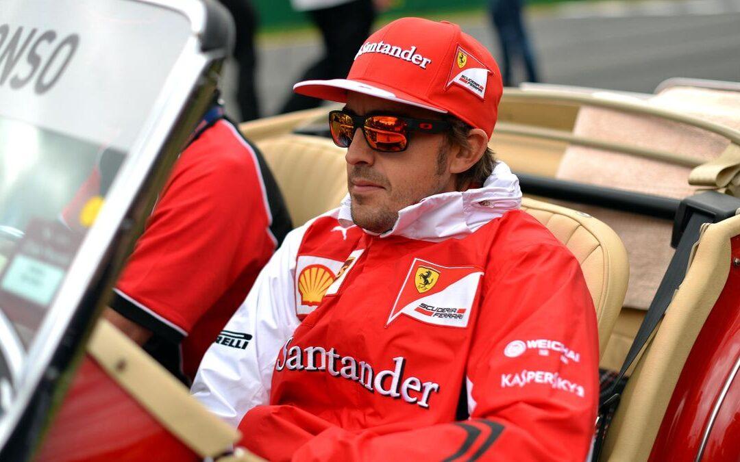 """""""Μπαίνουμε"""" στο γκαράζ του πιο ολοκληρωμένου οδηγού της Formula 1 Fernando Alonso (Photos)"""