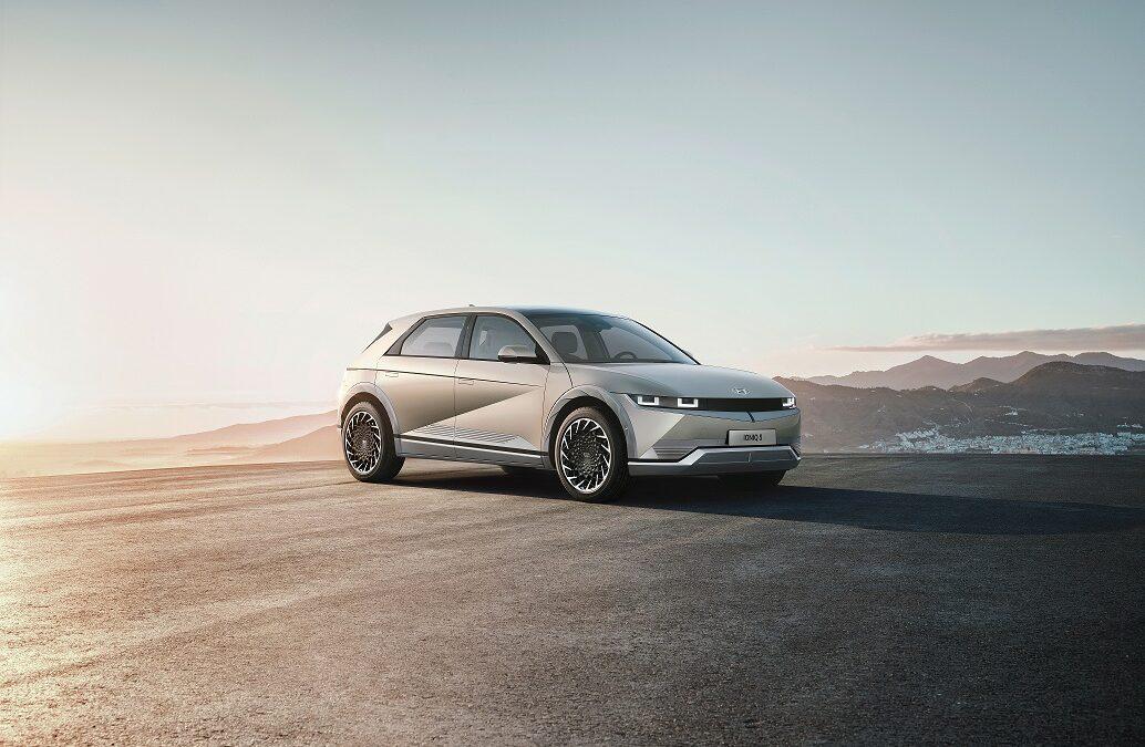 Hyundai: Ανάρπαστα τα πρώτα και συλλεκτικά IONIQ 5
