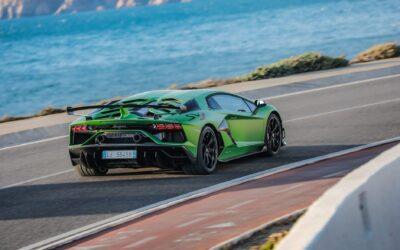 Κι όμως, ανακαλούνται και Lamborghini για αστοχία υλικού!
