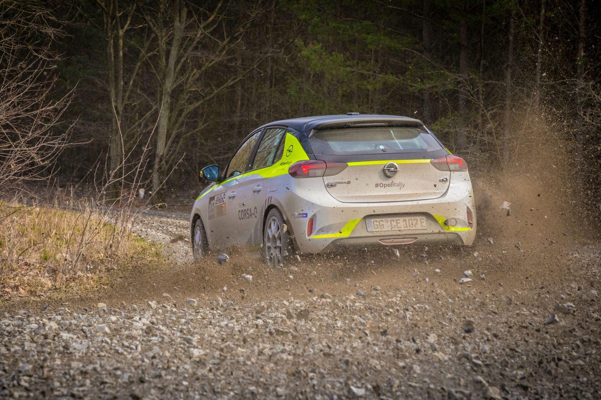 Η πατέντα που βρήκε η Opel ώστε να ακούγεται το Corsa-e Rally
