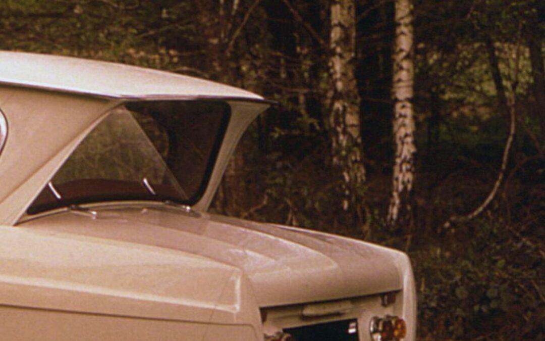 Σε ποιο αυτοκίνητο δε λερώνεται το παρμπρίζ όταν βρέχει;