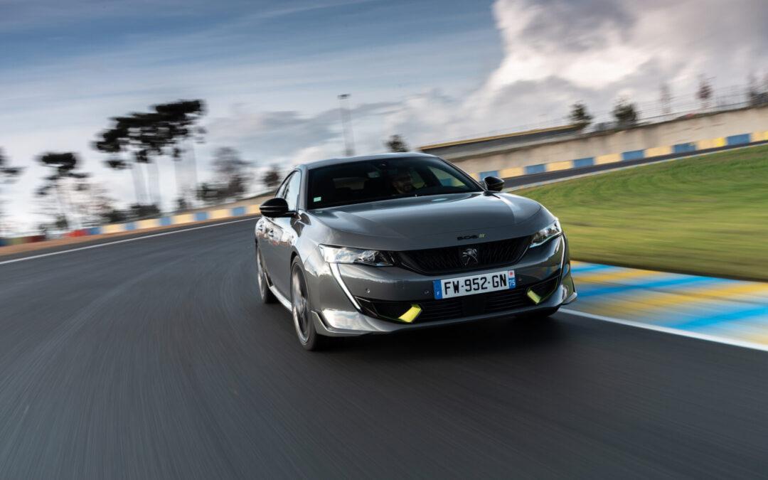 Ποιο καθαρόαιμο μοντέλο της Peugeot οδηγούν οι αστέρες του WEC (video)