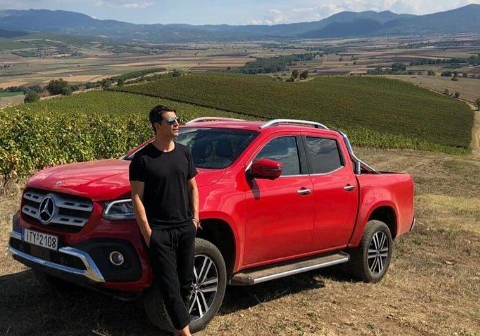 O Σάκης Ρουβάς οδηγεί από πολυτελή SUV μέχρι «αγροτικά» (photos)