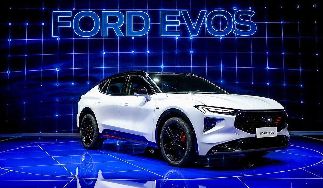 Ήρθε το νέο Ford Evos, ο SUV αντικαταστάτης του Mondeo με οθόνη 27 ιντσών!