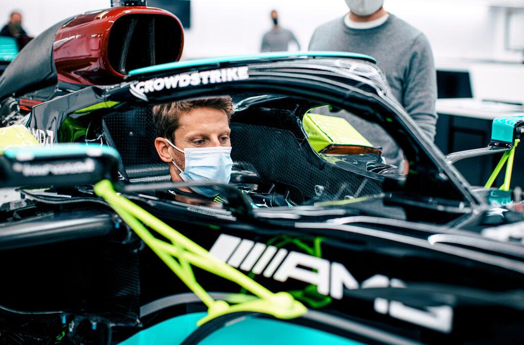 O Romain Grosjean επιστρέφει στη Formula 1 και οδηγεί Mercedes W10