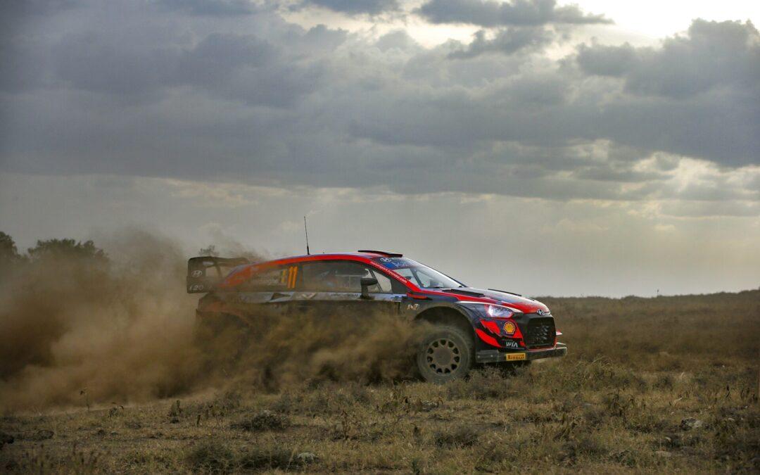 WRC, O Νeuville εξακολουθεί να προηγείται στο τέλος του 2ου σκέλους