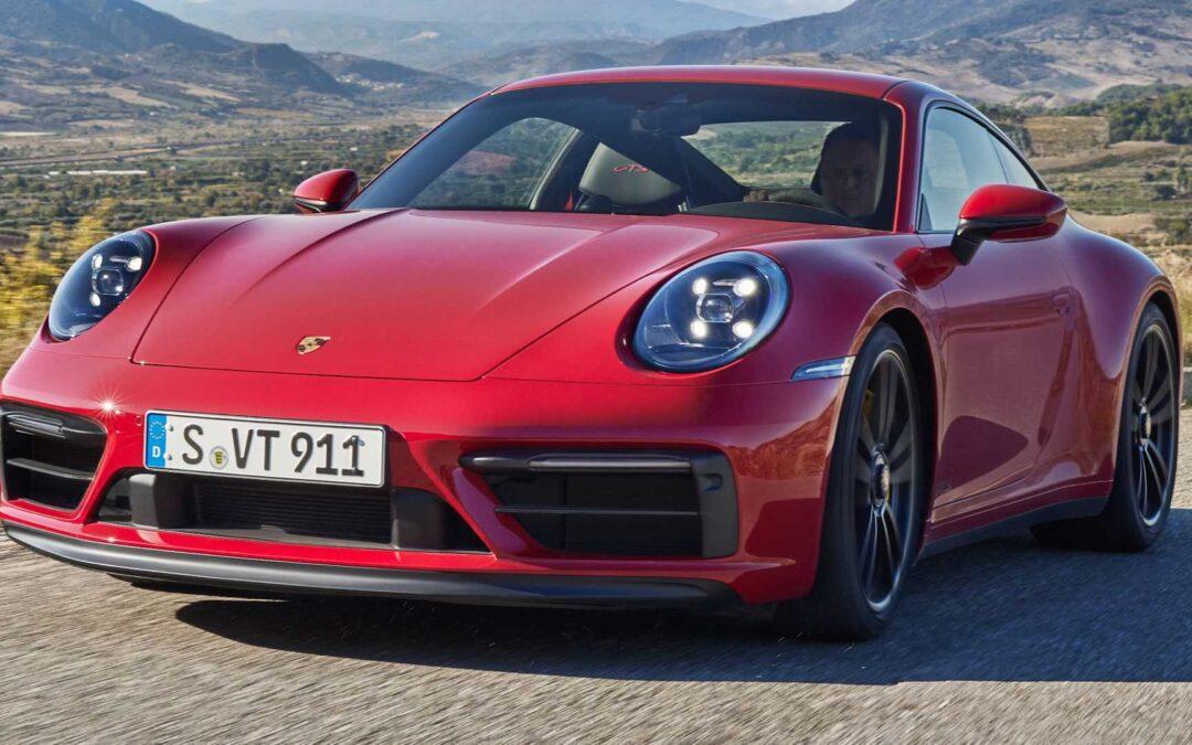 Νέα Porsche Carrera 911 GTS με 480 άλογα και 7άρι χειροκίνητο σασμάν