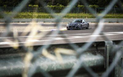 Πάει «σφαίρα» προς την πρίζα η πρώτη ηλεκτρική Maserati!