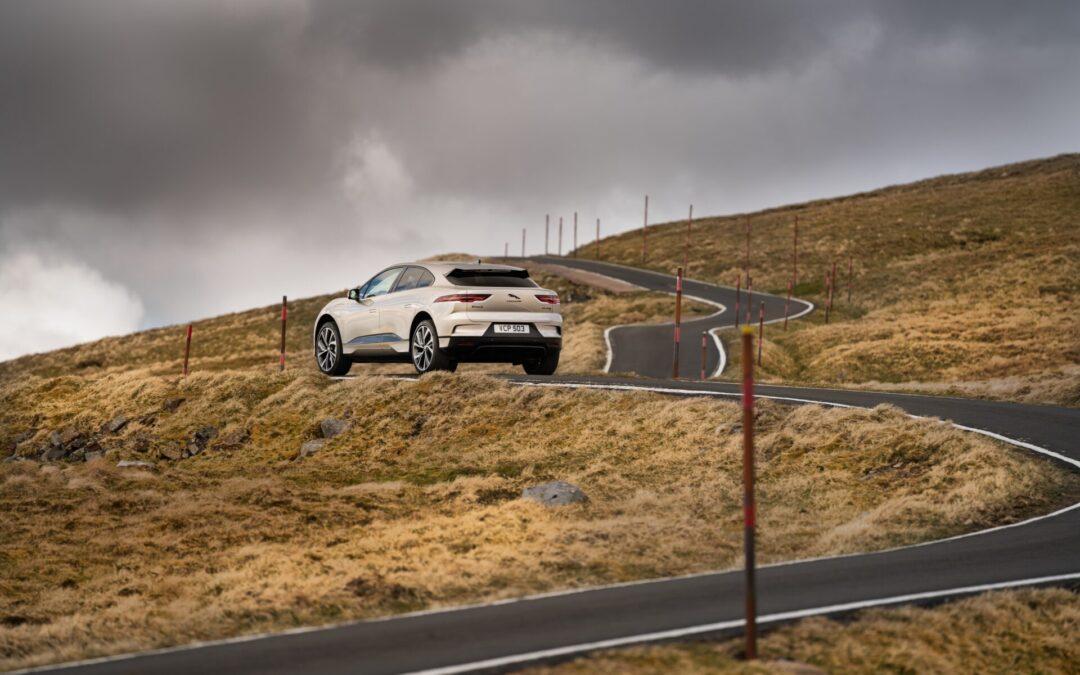 Ηλεκτρική Jaguar ανέβηκε στο…Έβερεστ με μια φόρτιση! (video)