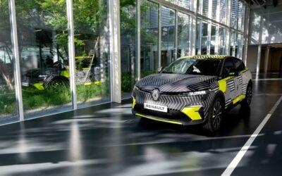 Μεταλλάχτηκε σε ηλεκτρικό crossover το Renault Megane