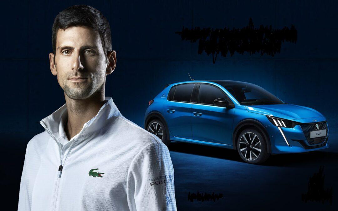 O Tσιτσιπάς περιμένει τον Djokovic να κατέβει από το Peugeot για να τον περιποιηθεί…