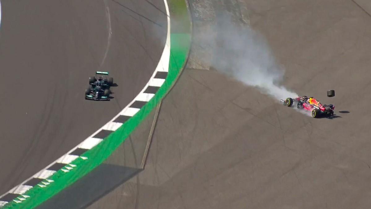 επαφή Hamilton – Verstappen
