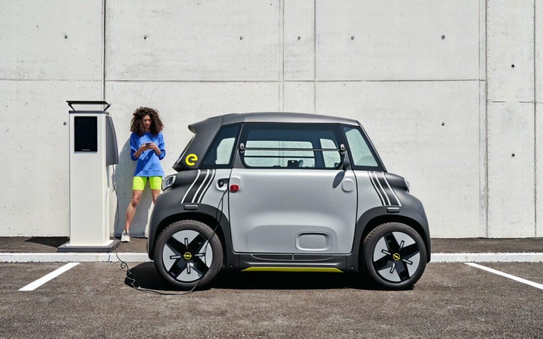 Oι πόλεις υποδέχονται το ηλεκτρικό Opel Rocks-e