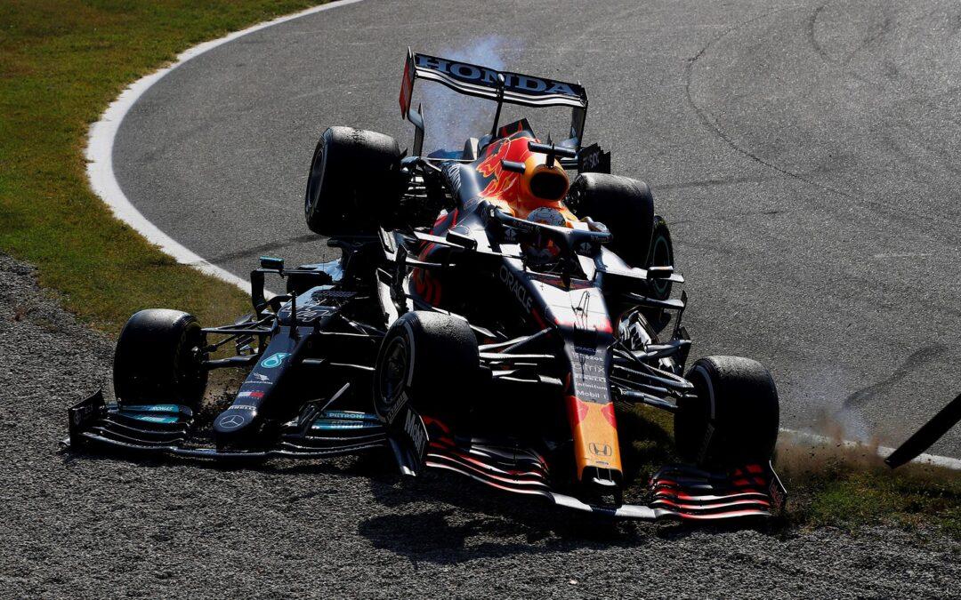 Ατύχημα Hamilton-Verstappen: Ποιον τιμώρησαν οι αγωνοδίκες;