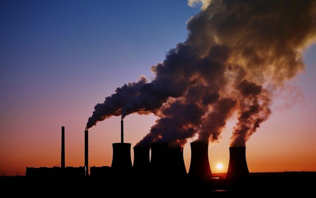 """Γιατί """"χτυπούν"""" την αυτοκινητοβιομηχανία για τους ρύπους; Τί ποσοστό C02 παράγουν άλλοι τομείς;"""