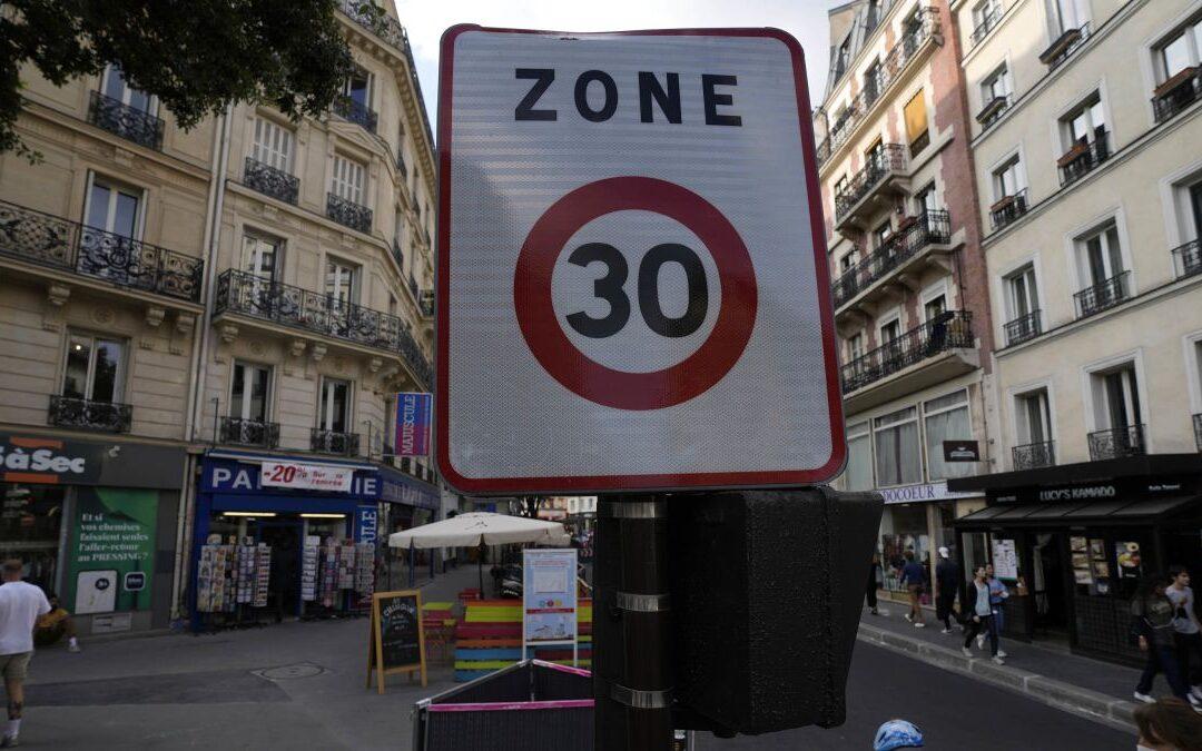 Θα μπορούσε η Ελλάδα να εφαρμόσει το ίδιο με το Παρίσι; Όριο 30χλμ./ώρα σε όλη τη πόλη!